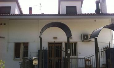 Atri,3 Комнаты Комнаты,2 ВанныеВанные,Квартира,Viale del Risorgimento,1414