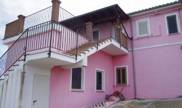 Villa San Romualdo,Castilenti,2 Комнаты Комнаты,1 ВаннаяВанные,Дом,Via Gran Sasso ,1418