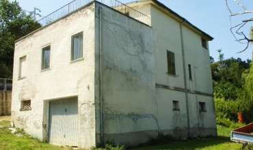 Atri,4 Комнаты Комнаты,2 ВанныеВанные,Рустико,Contrada Rocca,1449